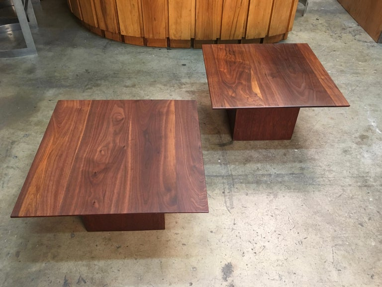 Mid-Century Modern Midcentury Walnut End Table For Sale