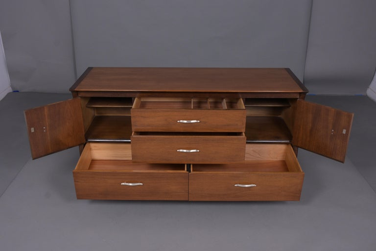 Vintage Mid Century Modern Walnut Lacquered Chest of Drawers In Good Condition For Sale In Los Angeles, CA