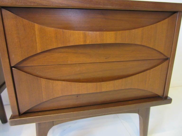20th Century Midcentury Walnut Nightstands For Sale