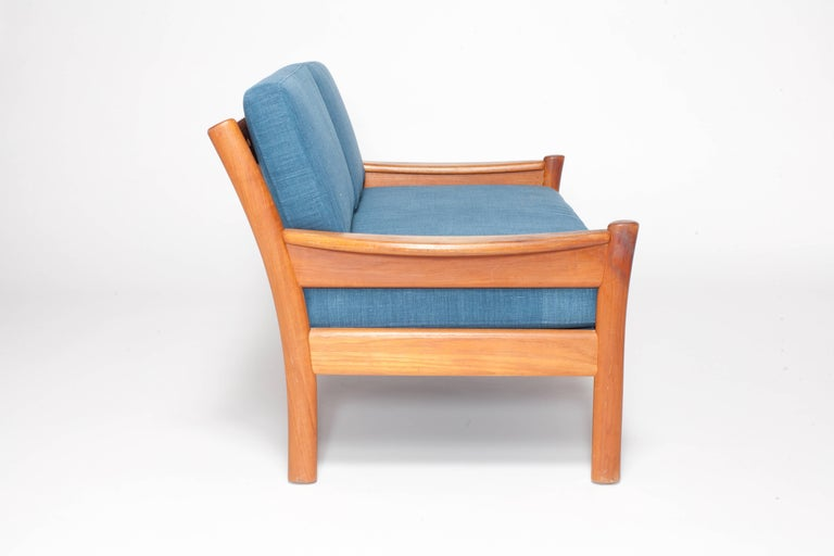 Midcentury Walnut Open Framed Settee Upholstered in Blue Linen In Excellent Condition For Sale In Los Angeles, CA