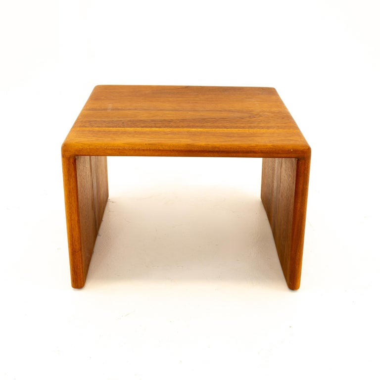 American Mid Century Walnut Side End Table For Sale