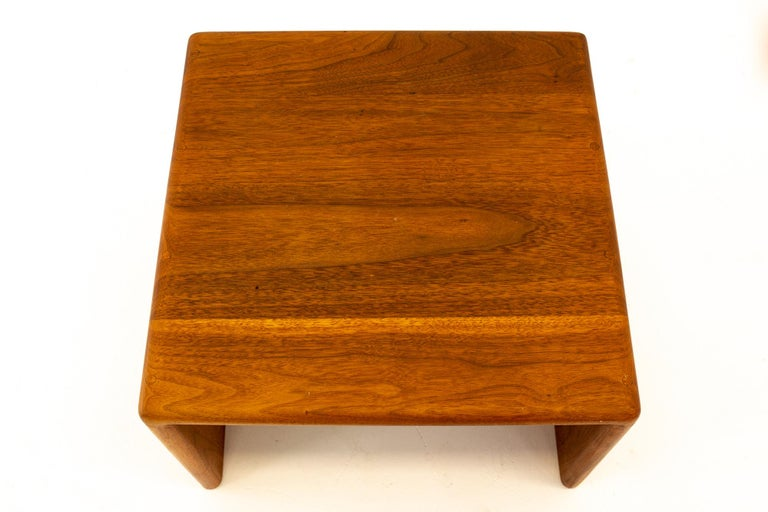 Late 20th Century Mid Century Walnut Side End Table For Sale