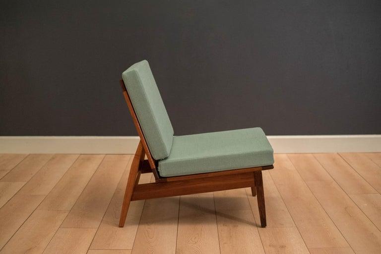 Mid-Century Modern Mid Century Walnut Slipper Lounge Chair For Sale