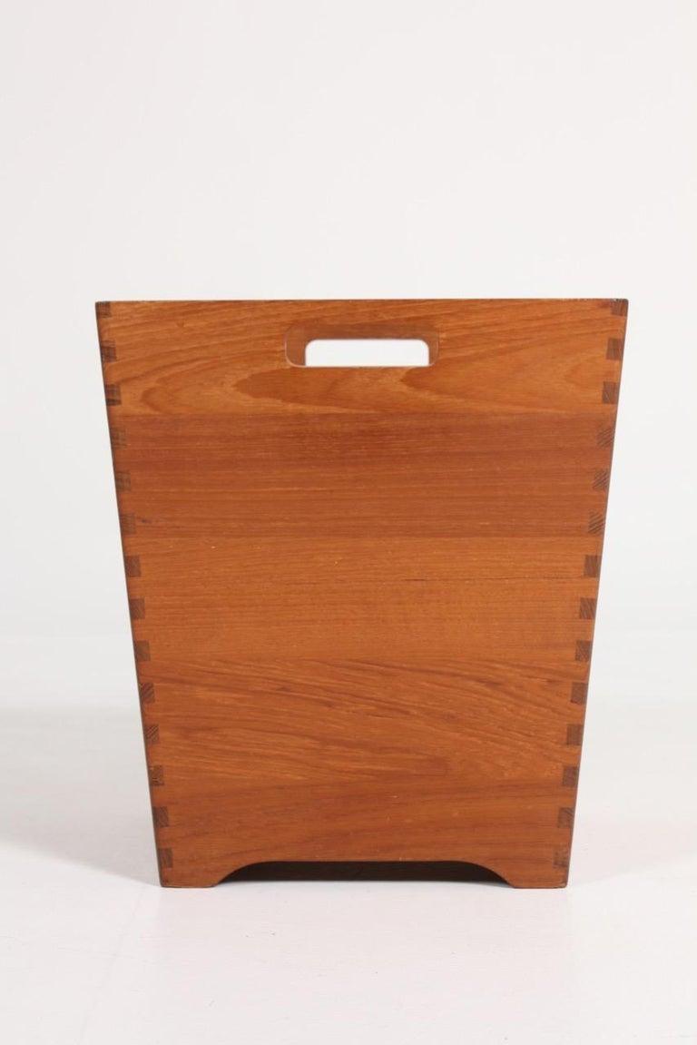 Scandinavian Modern Midcentury Waste Bin in Solid Teak, Made in Denmark For Sale