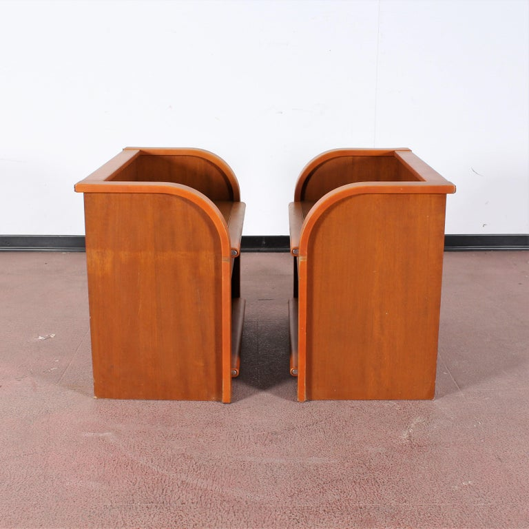 Midcentury Wood and Leather Poltrona Frau Nightstands, Set of 2, Italy, 1960s In Good Condition For Sale In Palermo, IT