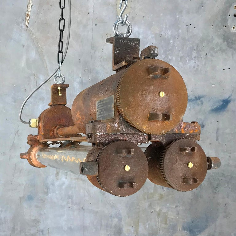 Mid-Late Century Industrial Aluminium and Brass Flame Proof Strip Light - Rust In Distressed Condition For Sale In Leicester, Leicestershire