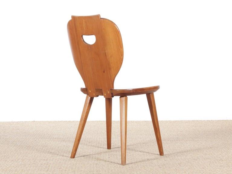 Mid-20th Century Mid Modern Scandinavian Visingsö Chairs in Pine by Carl Malmsten For Sale