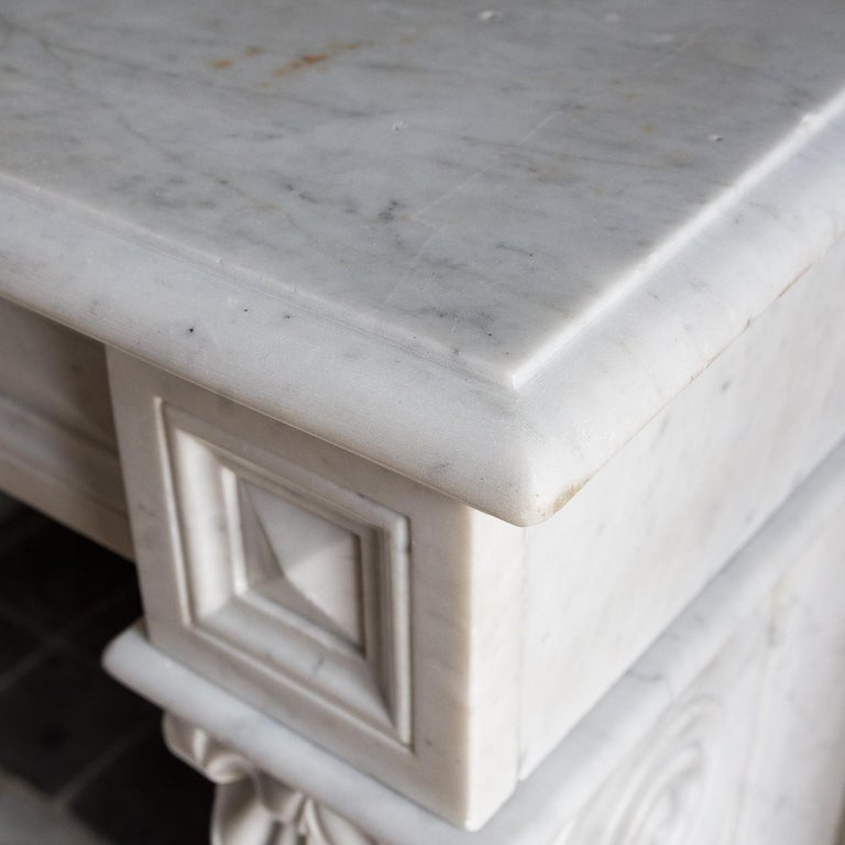 Mid-19th Century French Empire Carrara Marble Chimneypiece For Sale 10