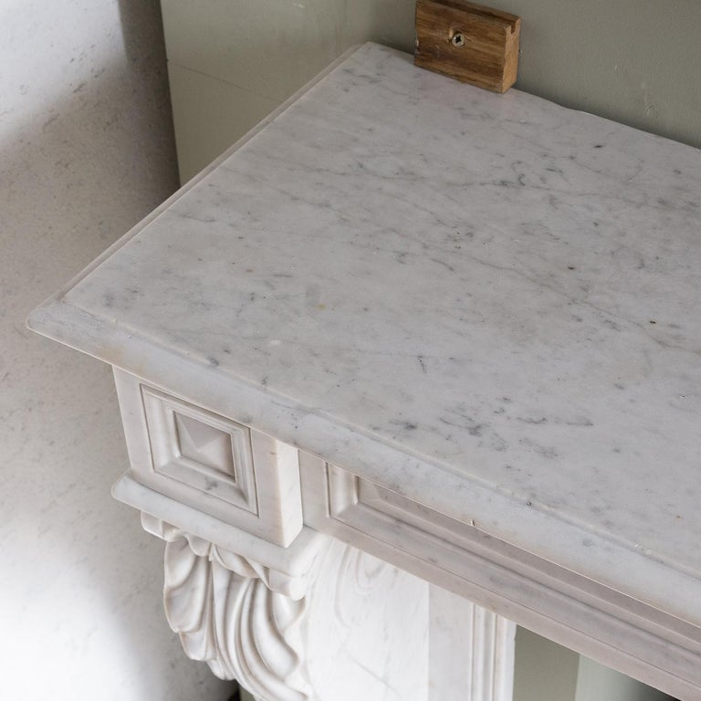 Mid-19th Century French Empire Carrara Marble Chimneypiece For Sale 13