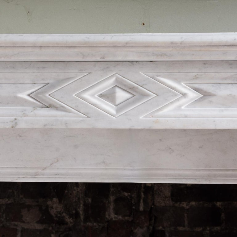 Mid-19th Century French Empire Carrara Marble Chimneypiece For Sale 2