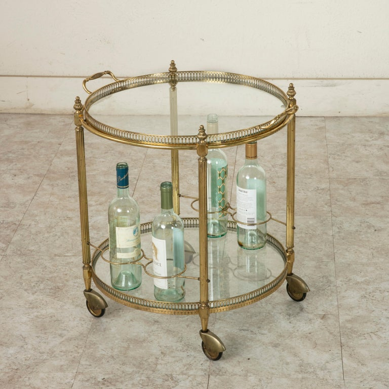 Mid-20th Century French Louis XVI Style Brass and Glass Bar Cart For Sale 7