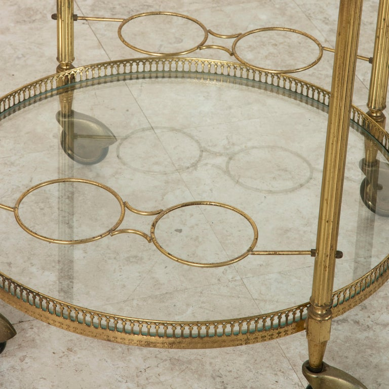 Mid-20th Century French Louis XVI Style Brass and Glass Bar Cart For Sale 4