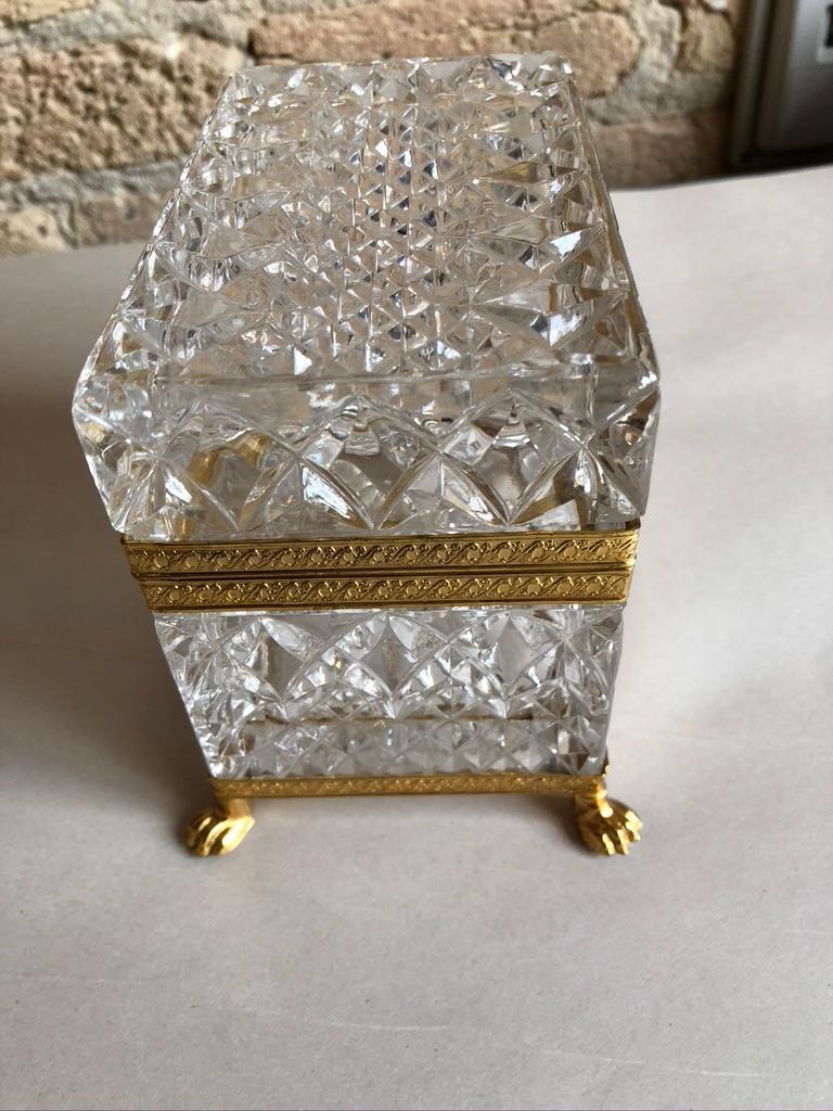 Hollywood Regency Mid-20th Century Italian Cut Crystal Dresser Box For Sale