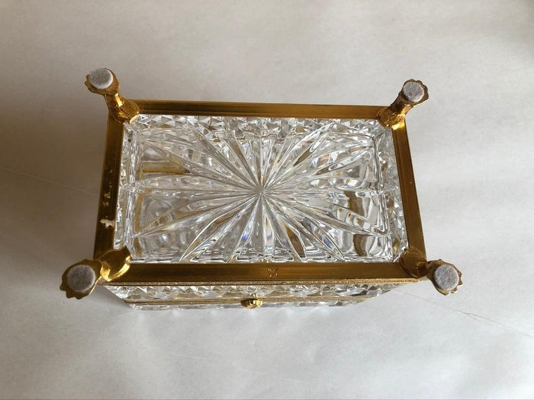 Mid-20th Century Italian Cut Crystal Dresser Box For Sale 1