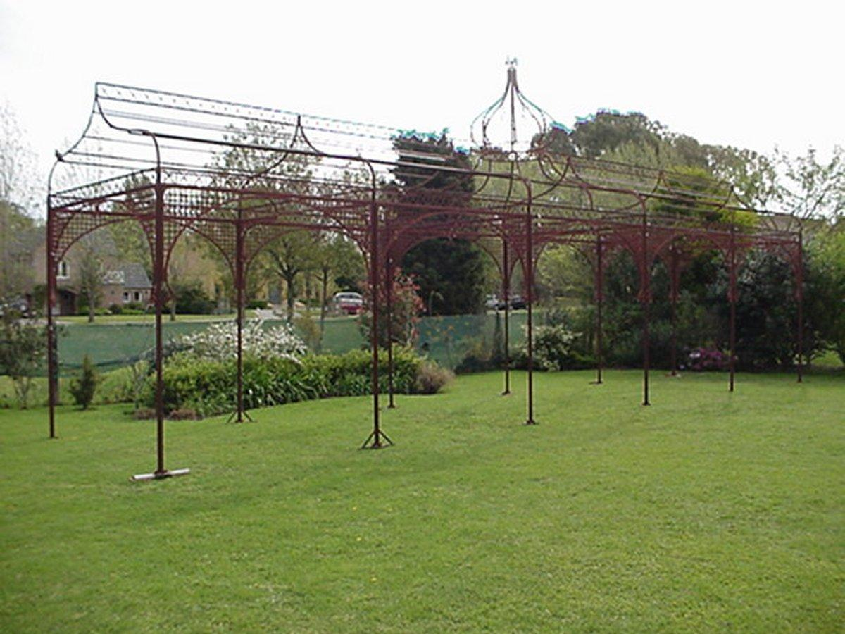 Merveilleux Mid Victorian Moorish Wrought U0026 Cast Iron Pergola Or Decorative Garden  Structure