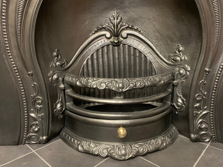 English Mid-Victorian Style Horseshoe Arch Fireplace Insert For Sale