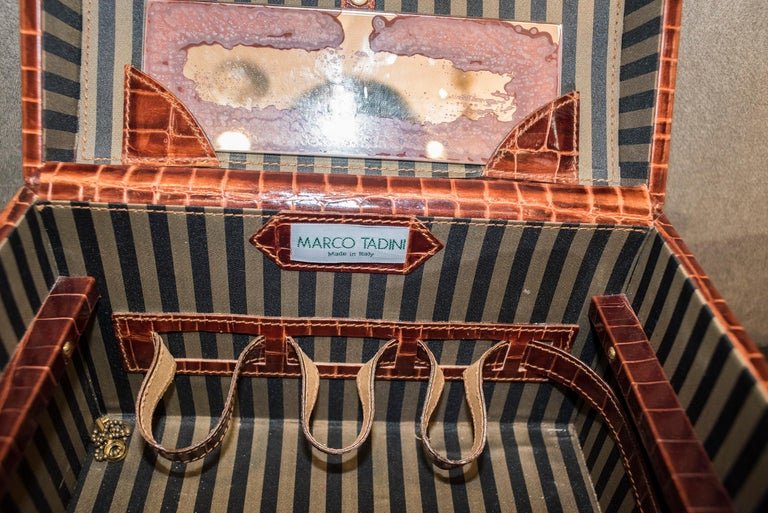 Midcentury Brown Leather Italy MarCo Tadini Vanitycase Snake Effect For Sale 4