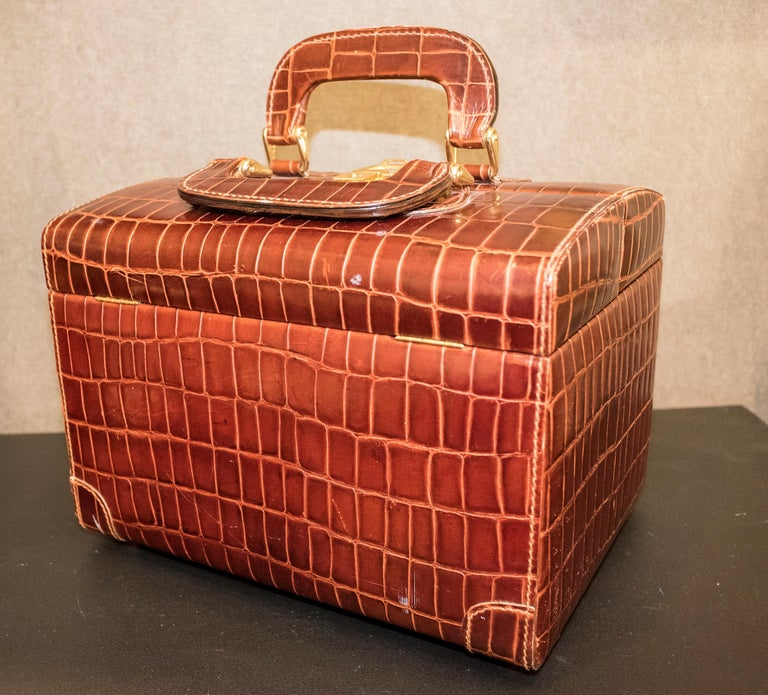 Mid-Century Modern Midcentury Brown Leather Italy MarCo Tadini Vanitycase Snake Effect For Sale