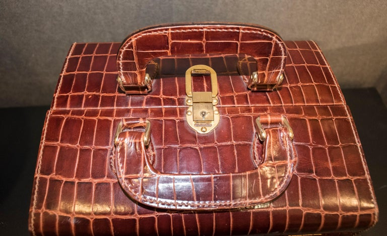Italian Midcentury Brown Leather Italy MarCo Tadini Vanitycase Snake Effect For Sale