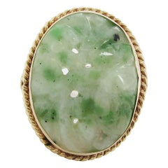 Midcentury 14 Karat Yellow Gold Carved Jade Statement Ring