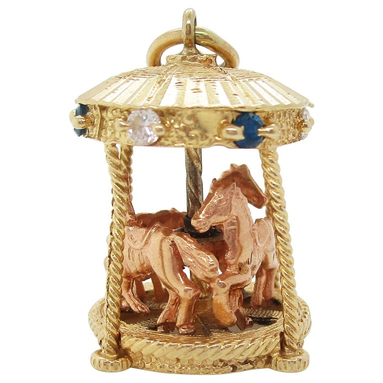 Midcentury 14 Karat Yellow Gold Sapphire Diamond Movable Carousel Pendant For Sale