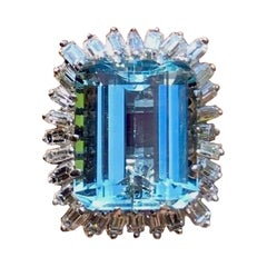 Midcentury 19 Carat VVS Aquamarine Diamond Baguette Ballerina Cocktail Ring