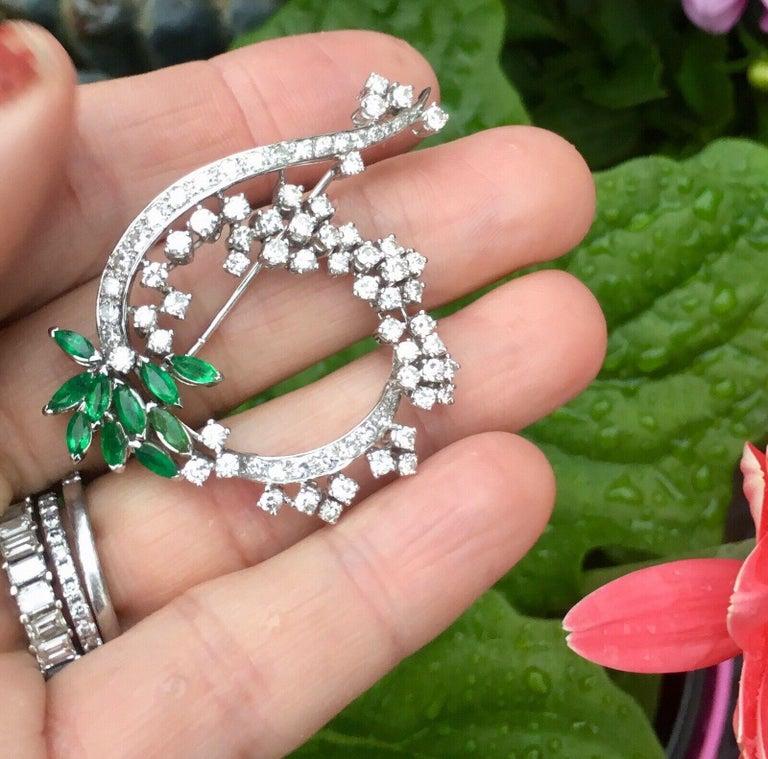 Midcentury 1950s 3.00 Carat G/H VS Diamond Emerald Pin Brooch Pendant For Sale 4
