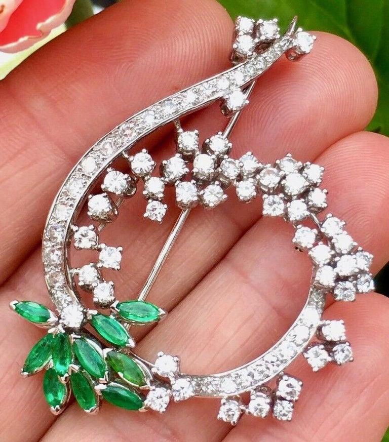 Midcentury 1950s 3.00 Carat G/H VS Diamond Emerald Pin Brooch Pendant For Sale 6