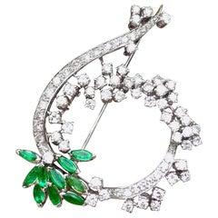 Midcentury 1950s 3.00 Carat G/H VS Diamond Emerald Pin Brooch Pendant