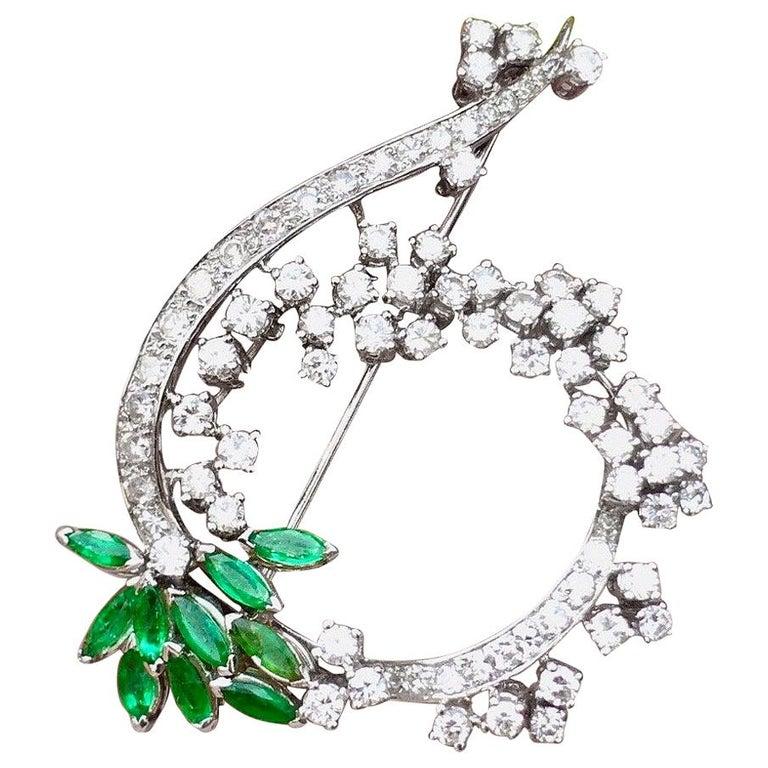 Midcentury 1950s 3.00 Carat G/H VS Diamond Emerald Pin Brooch Pendant For Sale