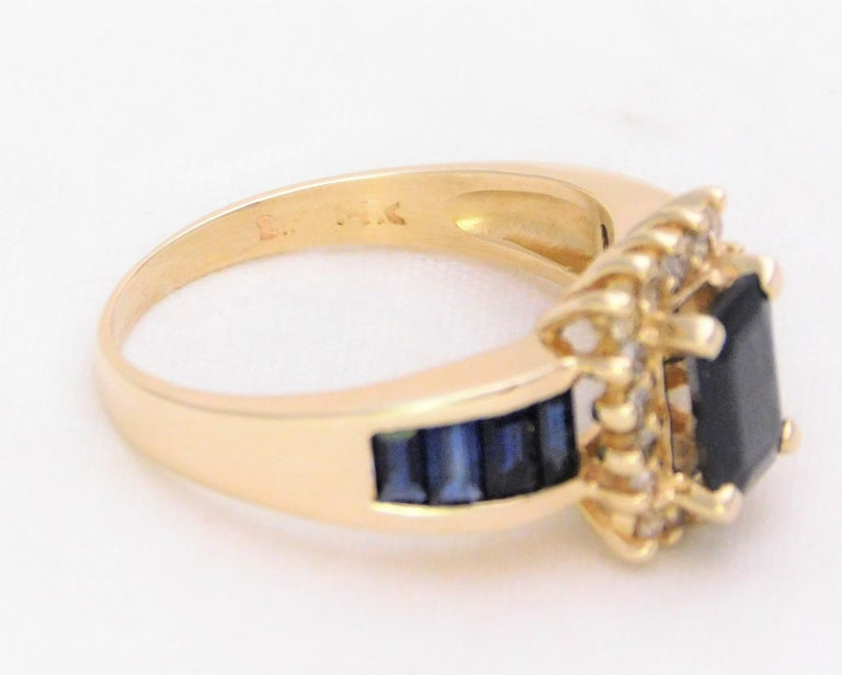 Midcentury 2.25 Carat Blue Sapphire and Diamond Cocktail Ring For Sale 6