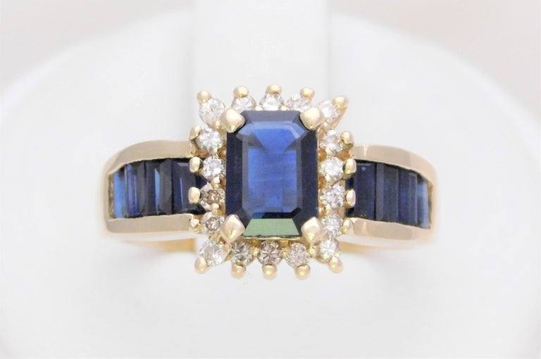 Late Victorian Midcentury 2.25 Carat Blue Sapphire and Diamond Cocktail Ring For Sale