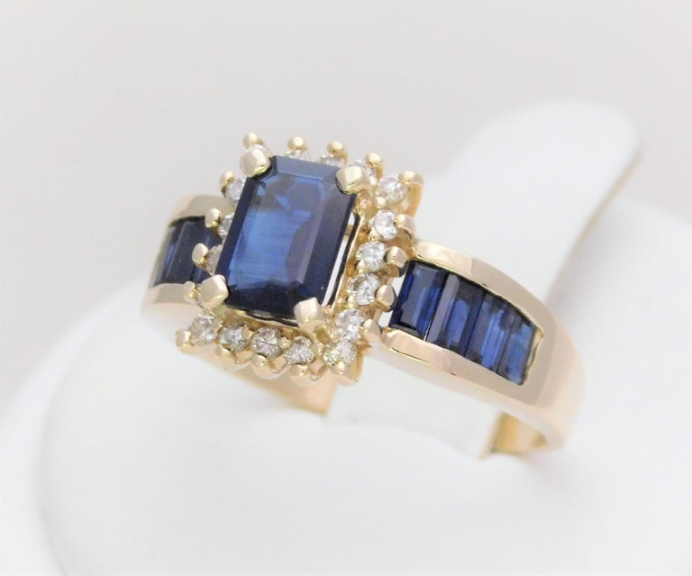 Midcentury 2.25 Carat Blue Sapphire and Diamond Cocktail Ring In Excellent Condition For Sale In Metairie, LA