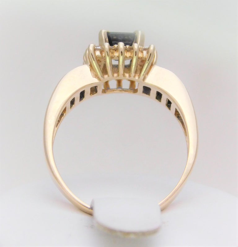 Women's Midcentury 2.25 Carat Blue Sapphire and Diamond Cocktail Ring For Sale