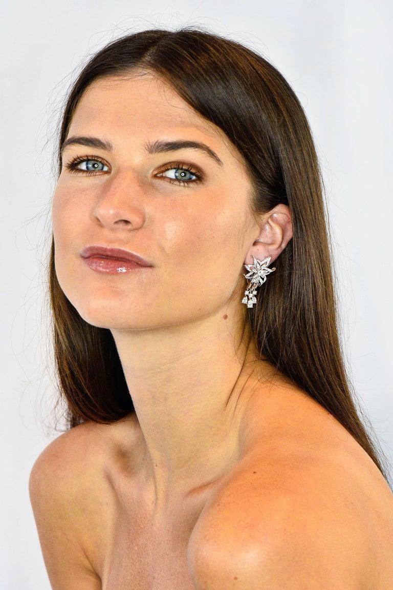 Women's or Men's Midcentury 5.08 Carat Diamond Platinum Dynamic Flower Ear-Clip Earrings
