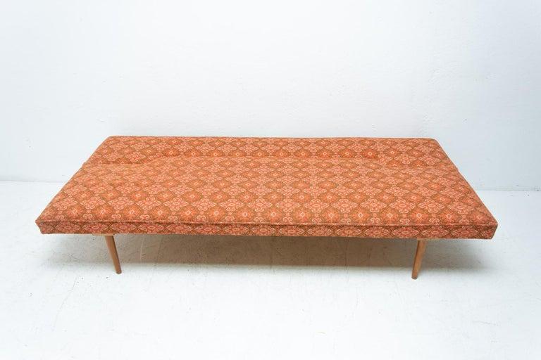 Midcentury adjustable sofa-bench by Miroslav Navrátil, 1960s, Czechoslovakia 5