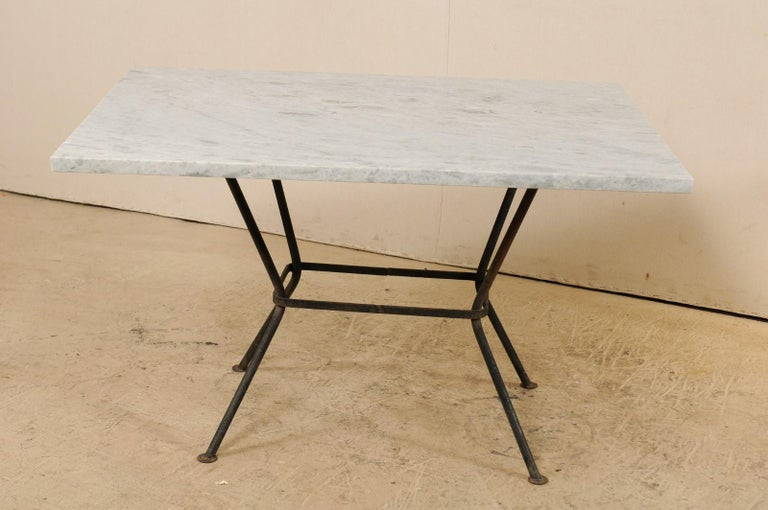 Midcentury American Marble-Top Patio Dining Set Including a Table and 4 Chairs For Sale 4