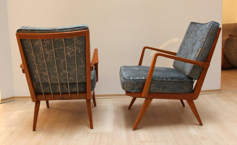Pair of Midcentury Armchairs, Cherrywood, Blue/Silver Fabric, Germany, 1950s In Excellent Condition For Sale In Regensburg, DE