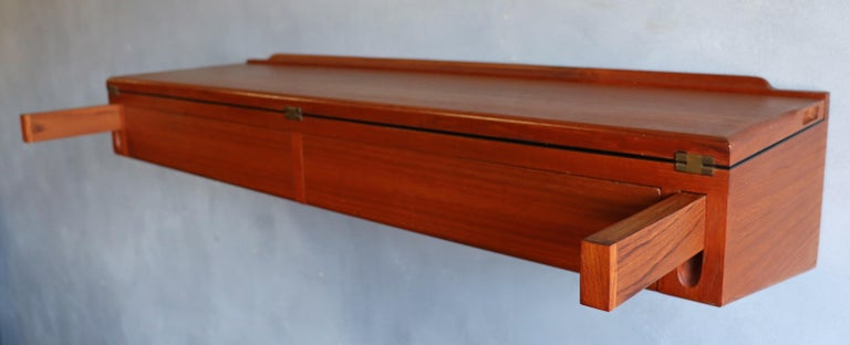 Midcentury Arne Hovmand-Olsen Wall Mounted Flip Top Table in Teak In Good Condition For Sale In BROOKLYN, NY