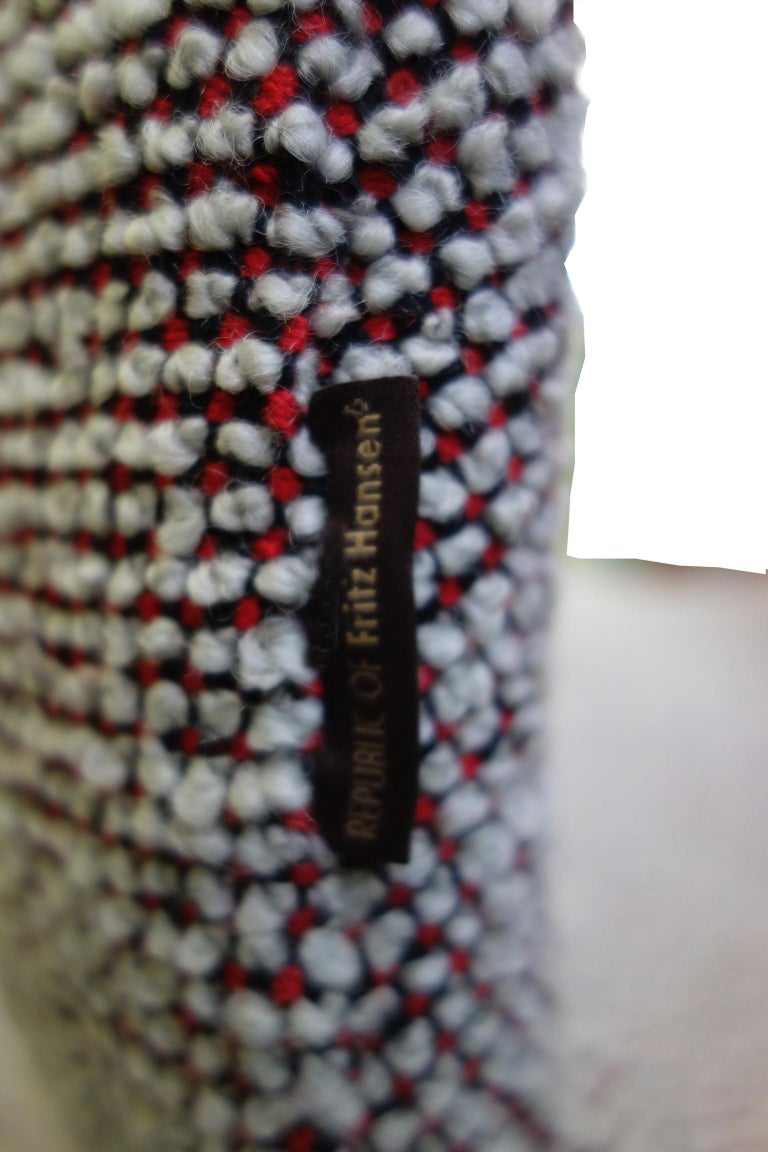 Midcentury Arne Jacobsen Swan Chairs for Fritz Hansen For Sale 7