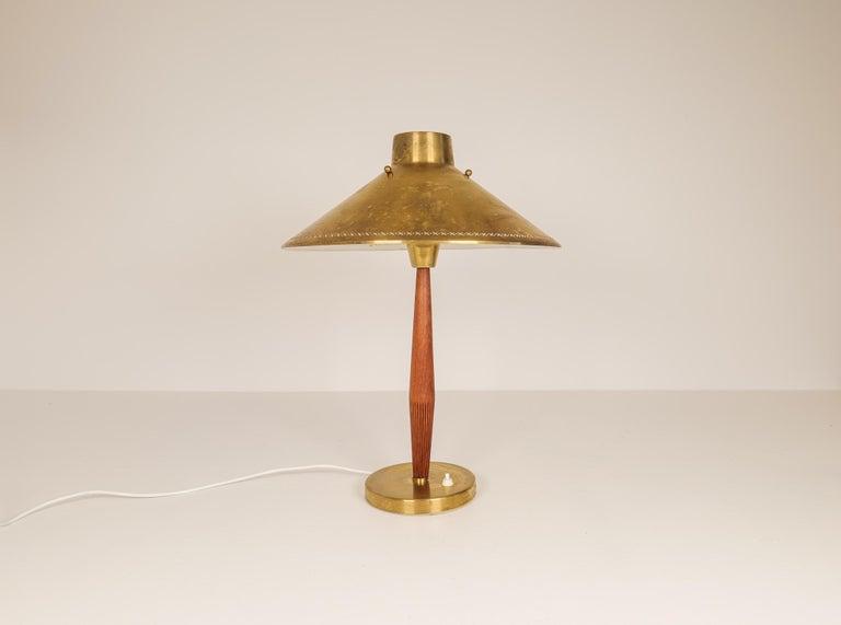 Swedish Midcentury ASEA Table Lamp Hans Bergström, Sweden, 1940 For Sale