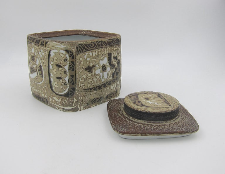 Midcentury BACA Faience Humidor Jar by Nils Thorsson for Royal Copenhagen In Good Condition For Sale In Los Angeles, CA
