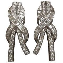 Midcentury Baguette 18 Karat Ribbon Earrings