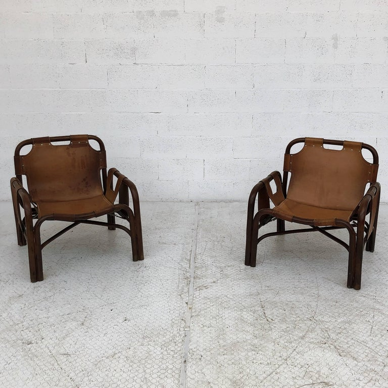 Italian Midcentury Bamboo and Leather Lounge Armchairs by Bonacina, 1963, Set of Two For Sale