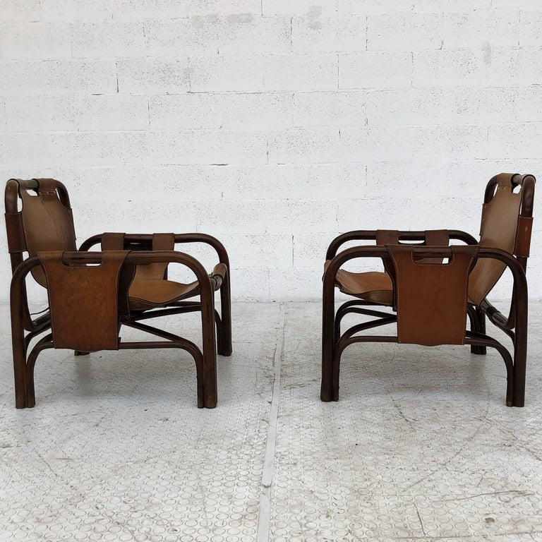 Midcentury Bamboo and Leather Lounge Armchairs by Bonacina, 1963, Set of Two In Good Condition For Sale In Lonigo, IT