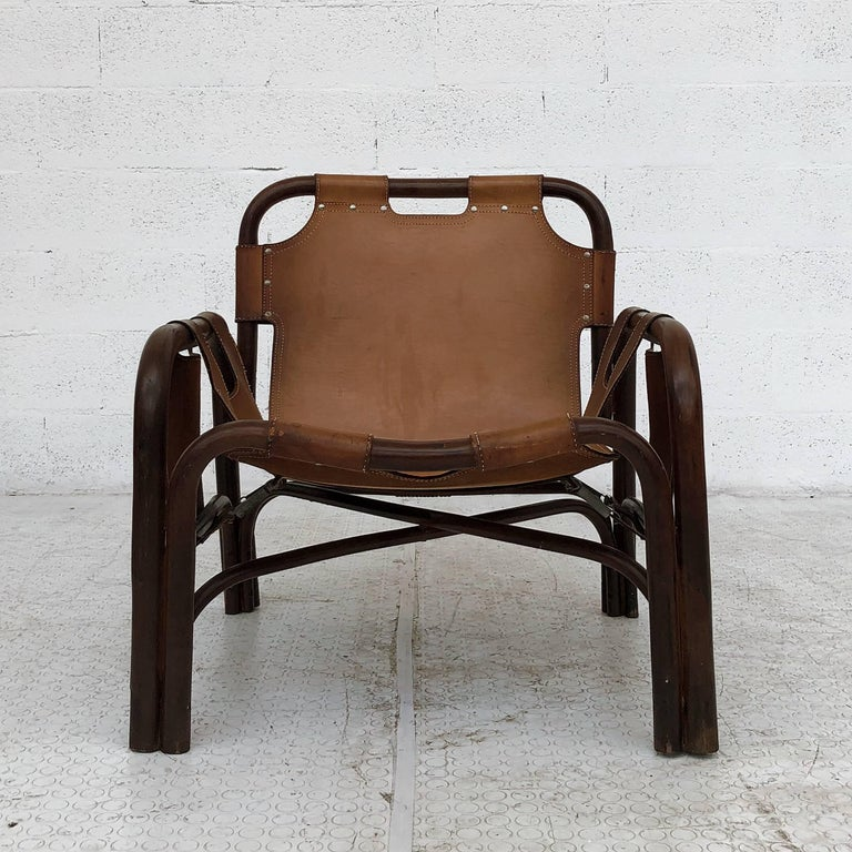 Midcentury Bamboo and Leather Lounge Armchairs by Bonacina, 1963, Set of Two For Sale 1