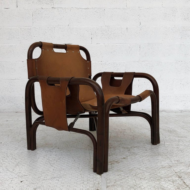 Midcentury Bamboo and Leather Lounge Armchairs by Bonacina, 1963, Set of Two For Sale 2