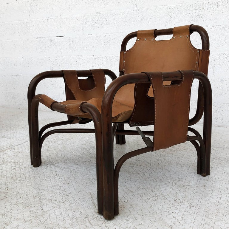 Midcentury Bamboo and Leather Lounge Armchairs by Bonacina, 1963, Set of Two For Sale 3