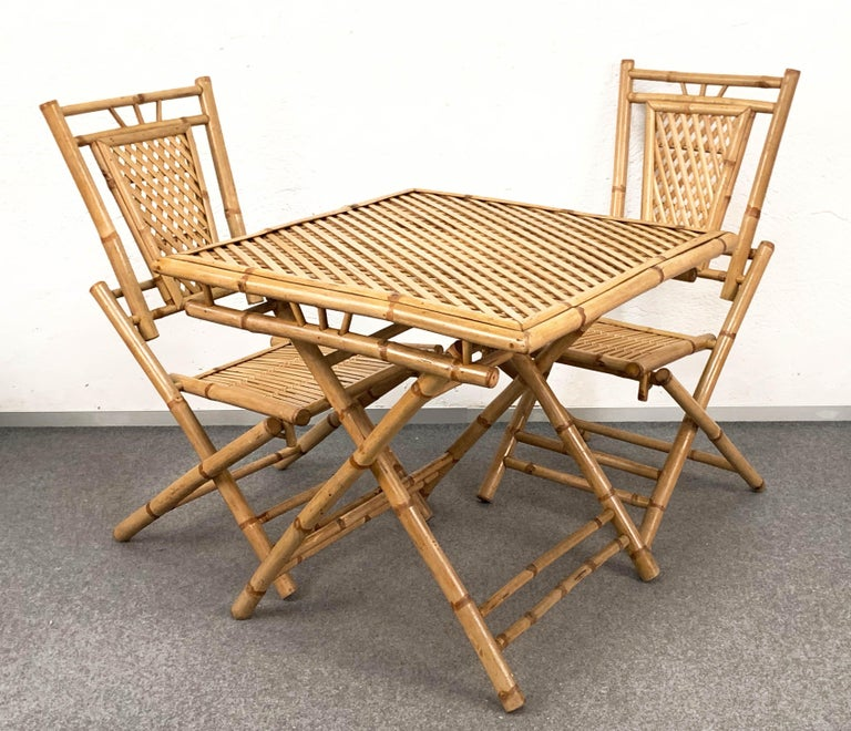 Midcentury Bamboo and Rattan Italian Foldable Table and Four Chairs, 1960s In Good Condition For Sale In Roma, IT