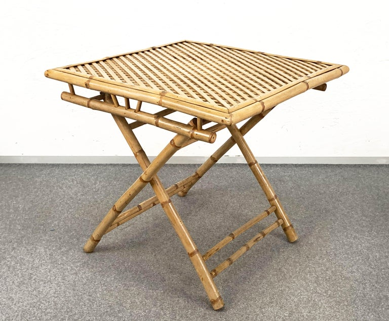Midcentury Bamboo and Rattan Italian Foldable Table and Four Chairs, 1960s For Sale 4